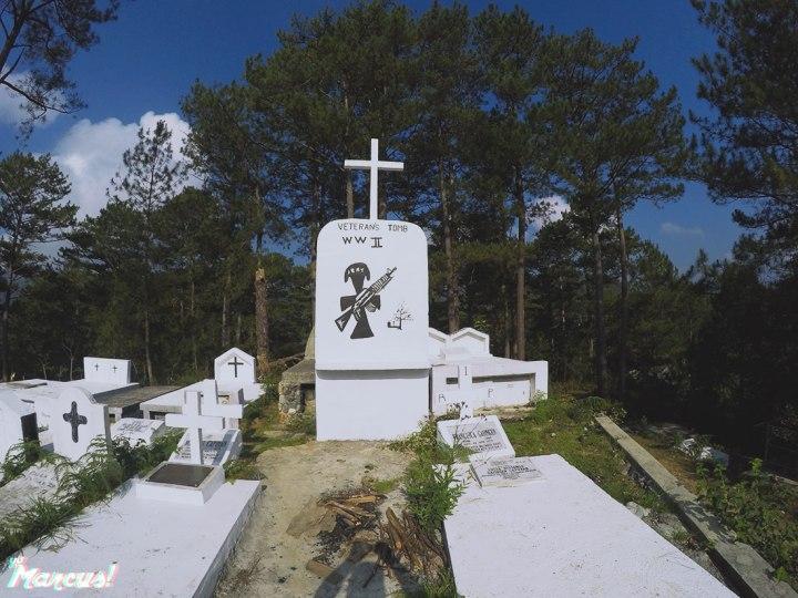 hanging-coffins-17